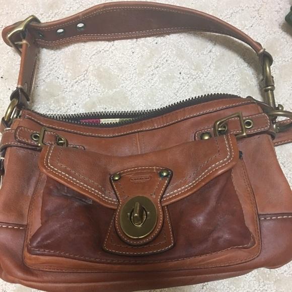 63d7fbabac Coach Handbags - Beautiful lightly used brown leather Coach handbag